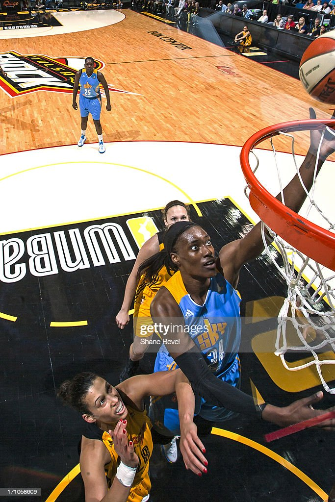 <a gi-track='captionPersonalityLinkClicked' href=/galleries/search?phrase=Sylvia+Fowles+-+Basketball+Player&family=editorial&specificpeople=707903 ng-click='$event.stopPropagation()'>Sylvia Fowles</a> #34 of the Chicago Sky drives to the basket against the Tulsa Shock during the WNBA game on June 20, 2013 at the BOK Center in Tulsa, Oklahoma.