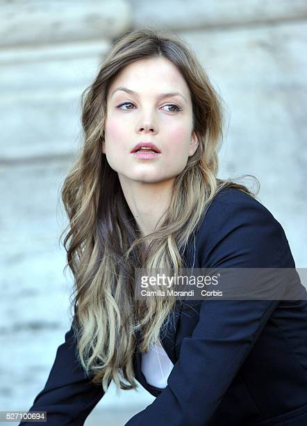 Sylvia Hoeks during the photocall of the film The Best Offer