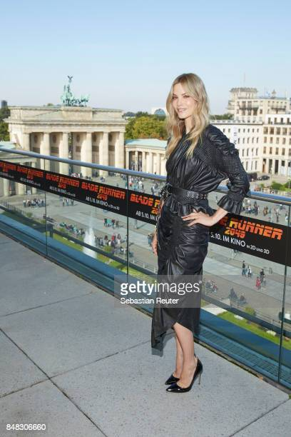 Sylvia Hoeks poses for the 'Blade Runner 2049' photo call at Akademie der Kuenste on September 17 2017 in Berlin Germany