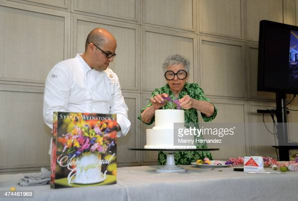 Cake Decorating Classes Underwood : Sylvia St Stock Photos and Pictures Getty Images