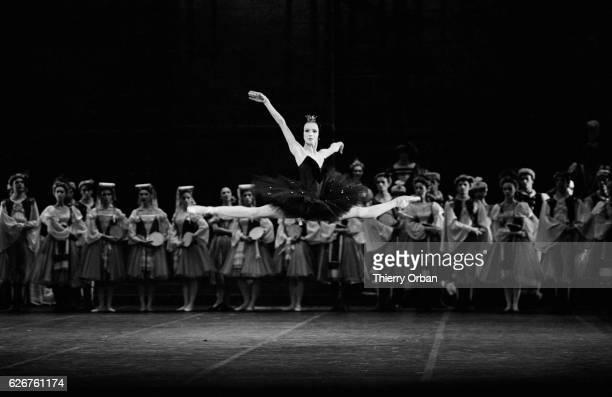 Sylvie Guillem prima ballerina for the Paris Opera Ballet performs Swan Lake Composer Pyotr Ilyich Tchaikovsky