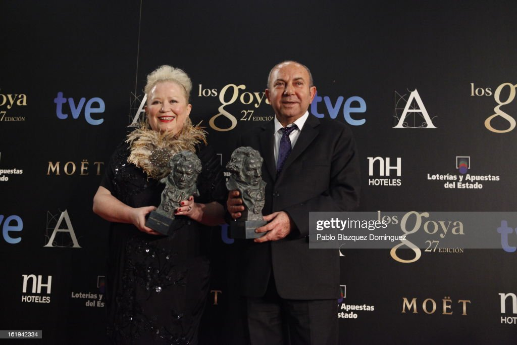 Sylvie Imbert and Fermin Galan hold his award for Best Make Up and Hairstyling in the film 'Blancanieves' during the 2013 edition of the 'Goya Cinema Awards' ceremony at Centro de Congresos Principe Felipe on February 17, 2013 in Madrid, Spain.
