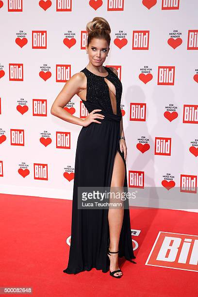 Sylvie Meis arrives for the Ein Herz Fuer Kinder Gala 2015 at Tempelhof Airport on December 5 2015 in Berlin Germany