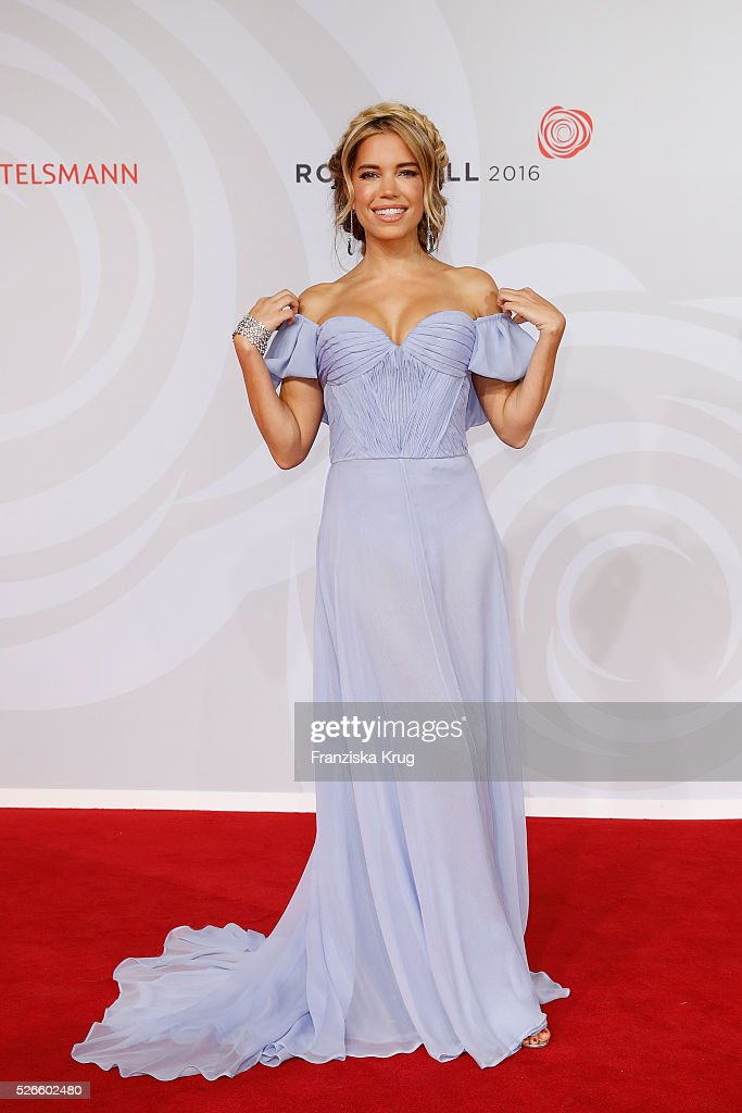 <a gi-track='captionPersonalityLinkClicked' href=/galleries/search?phrase=Sylvie+Meis&family=editorial&specificpeople=538310 ng-click='$event.stopPropagation()'>Sylvie Meis</a> attends the Rosenball 2016 on April 30 in Berlin, Germany.
