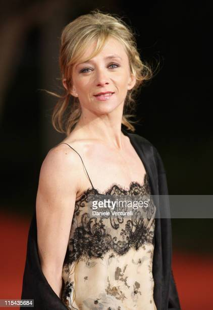 Sylvie Testud attends the 'Ce Que Mes Yeux Ont Vu' Premiere during Day 4 of the 2nd Rome Film Festival on October 21 2007 in Rome Italy