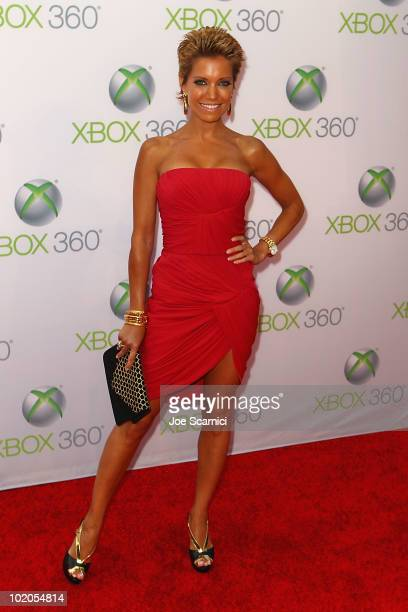 Sylvie Van Der Vaart arrives to the World Premiere Of 'Project Natal' For Xbox 360 at Galen Center on June 13 2010 in Los Angeles California