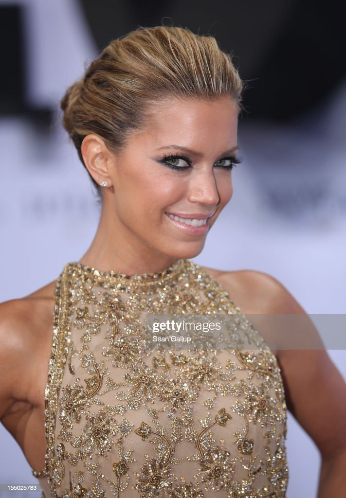 Sylvie van der Vaart attends the Germany premiere of 'Skyfall' at the Theater am Potsdamer Platz on October 30, 2012 in Berlin, Germany.