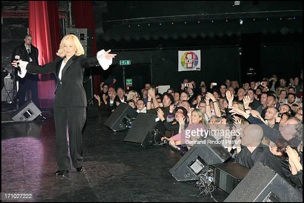 Sylvie Vartan In Concert At The Olympia In Paris