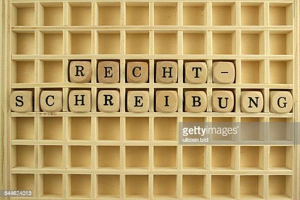 Symbol Ausbildung Bildung Schule Rechtschreibung im Setzkasten