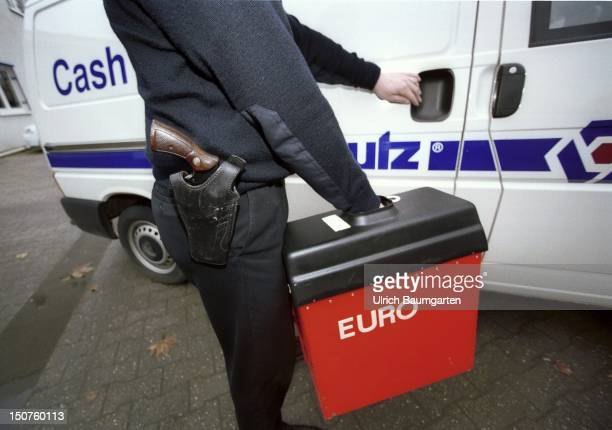 Symbolic picture Armed transportation of Euromoney