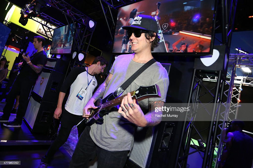 activision reveals guitar hero live 39 s ghtv at e3 2015 in los angeles getty images. Black Bedroom Furniture Sets. Home Design Ideas