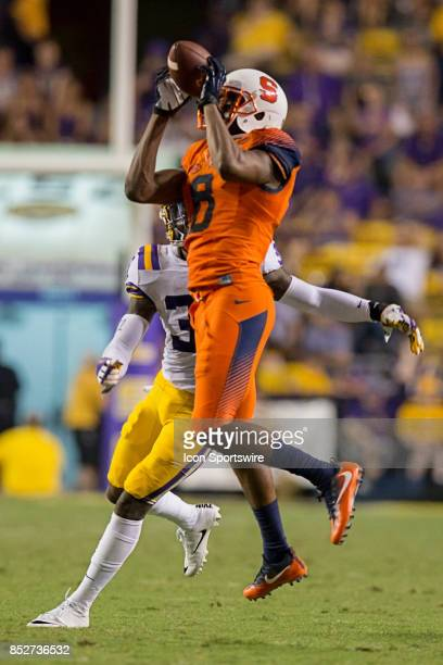 Syracuse Orange wide receiver Steve Ishmael catches a pass against LSU Tigers during a college football game between the LSU Tigers and the Syracuse...