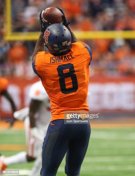 Syracuse Orange wide receiver Steve Ishmael makes a catch during a college football game between Clemson Tigers and Syracuse Orange on October 13...