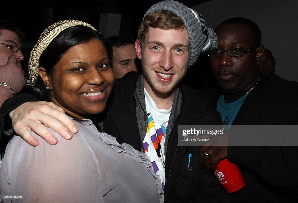 Asher Roth 2009