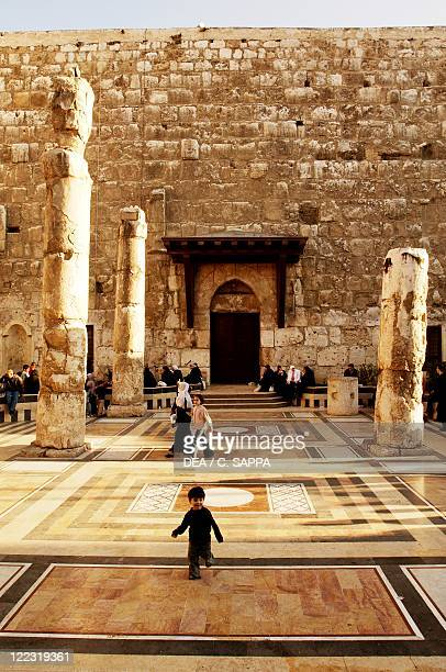 Syria Damascus people in Great Umayyad Mosque