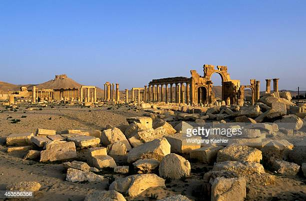 Syria Palmyra Ancient Roman City Triumphal Arch And Colonnaded Street Castle