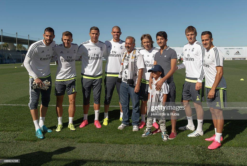 Syrian Refugees Visit the Santiago Bernabeu Stadium