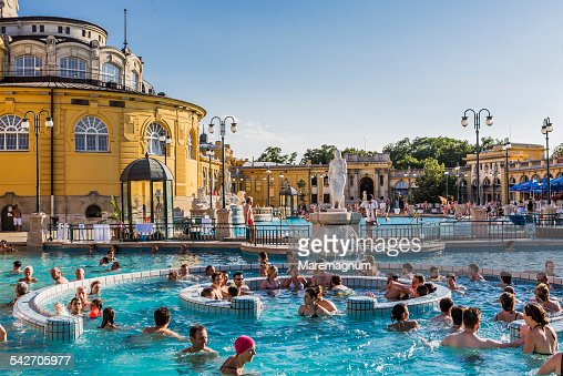 Széchenyi Thermal Baths, outdoor swimming-pools