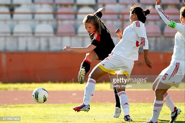 Tabea Kemme of Germany challenges Liu Shanshan of China during the Algarve Cup 2014 match between Germany and China on March 07 2014 in Albufeira...