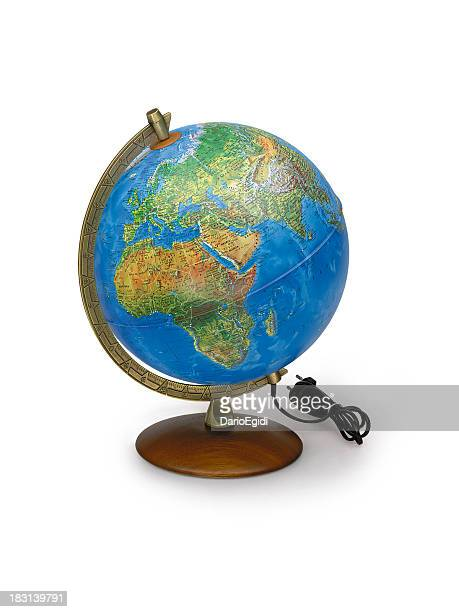 Table globe sur fond blanc