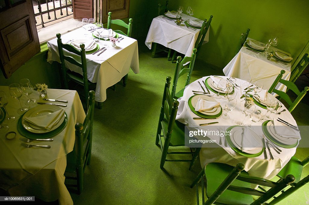 Table setting at restaurant, elevated view : Stock Photo