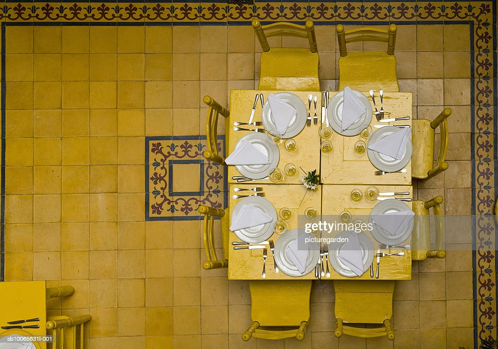 Table setting at restaurant, overhead view : Stock Photo