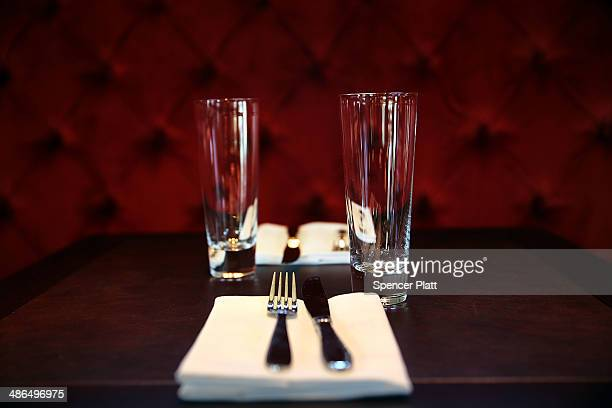 A table setting is viewed in the bar at the newly reopened Tavern on the Green on April 24 2014 in New York City The iconic New York restaurant in...