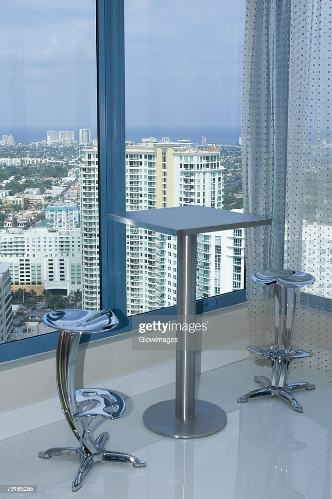 Table with chairs in a hotel : Foto de stock
