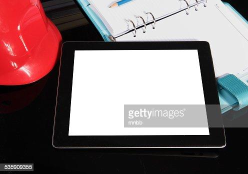 tablet pc na tabela : Foto de stock