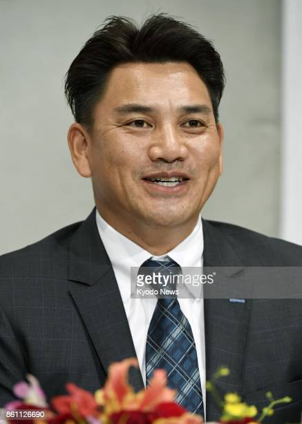 Tadahito Iguchi a member of the 2005 World Series champion Chicago White Sox attends a press conference in Chiba near Tokyo on Oct 14 after the Lotte...