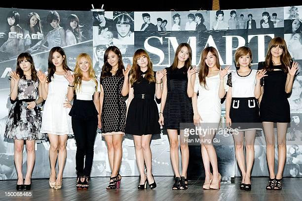 Tae Yeon Seo Hyun Hyo Yeon Yu Ri Jessica Yoon ATiffany Sunny and Soo Young of South Korean girl group Girls' Generation attend during the 'SMART...