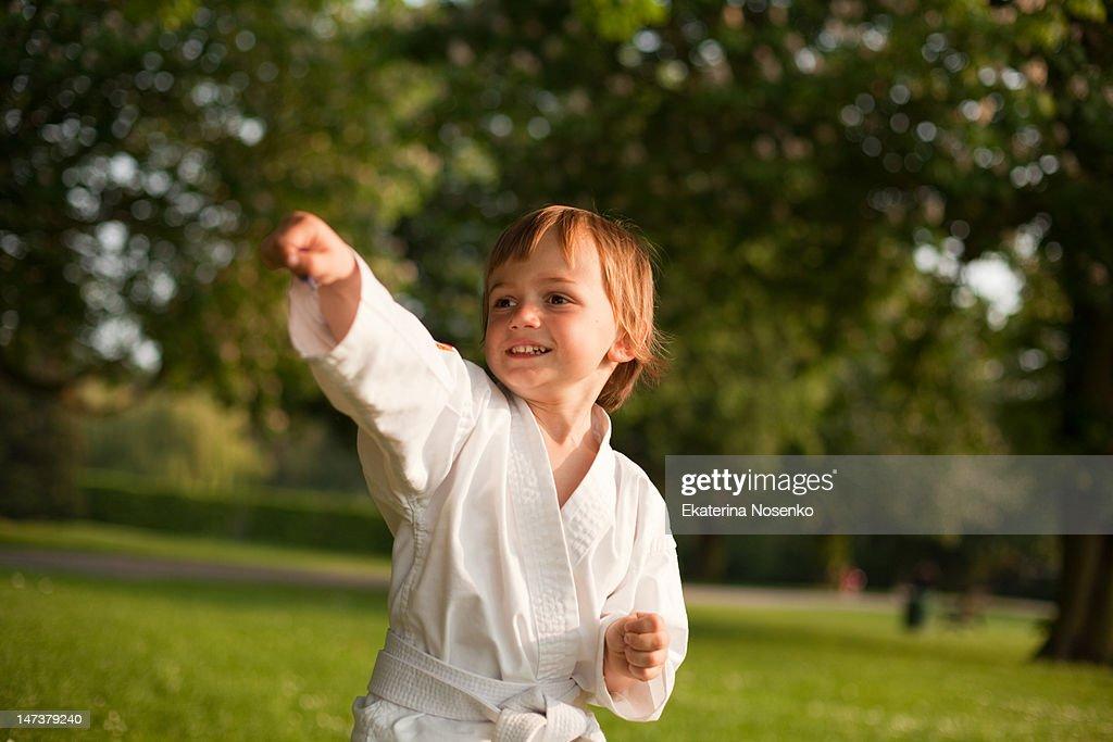 Taekwondo boy : Stock Photo