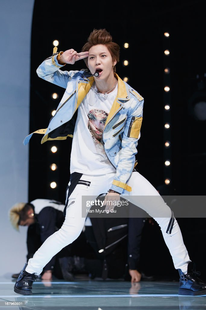 <a gi-track='captionPersonalityLinkClicked' href=/galleries/search?phrase=Taemin&family=editorial&specificpeople=5636164 ng-click='$event.stopPropagation()'>Taemin</a> of South Korean boy band SHINee performs onstage during the Mnet 'M CountDown' at CJ E&M Center on May 02, 2013 in Seoul, South Korea.
