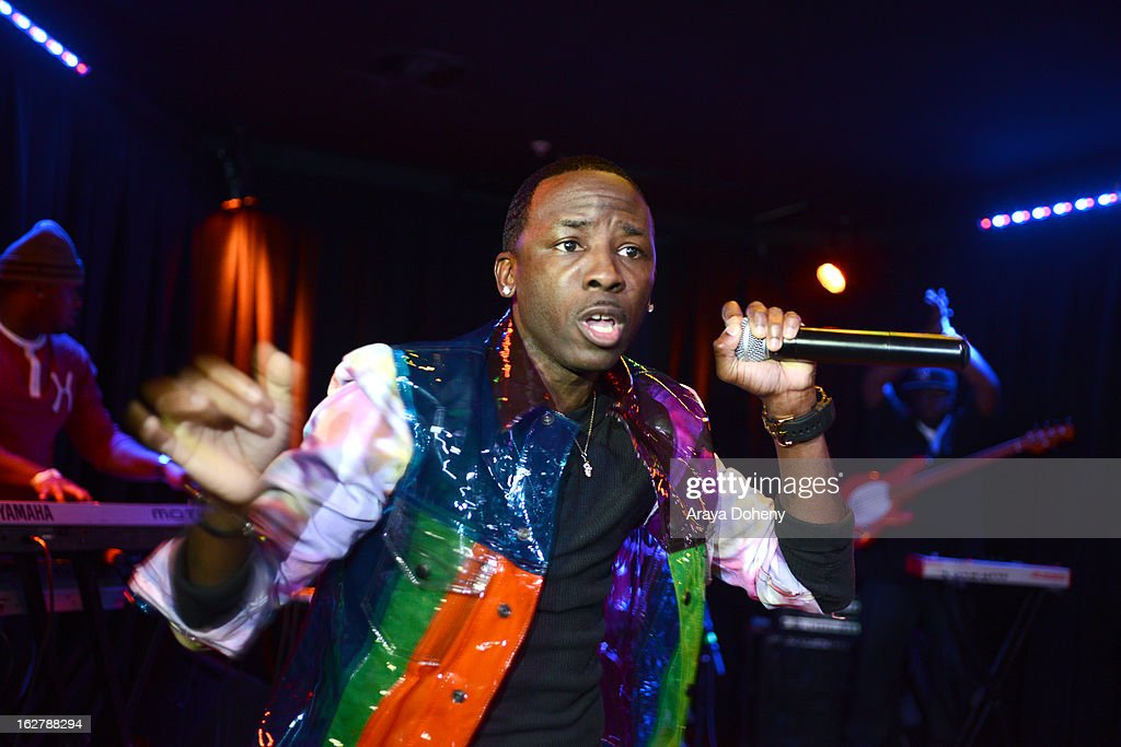 Tah Mac performs at the Gibson Guitar and TahMc Entertainment presents 'The Love, Life And Reality Show' at Federal Bar on February 26, 2013 in Hollywood, California.