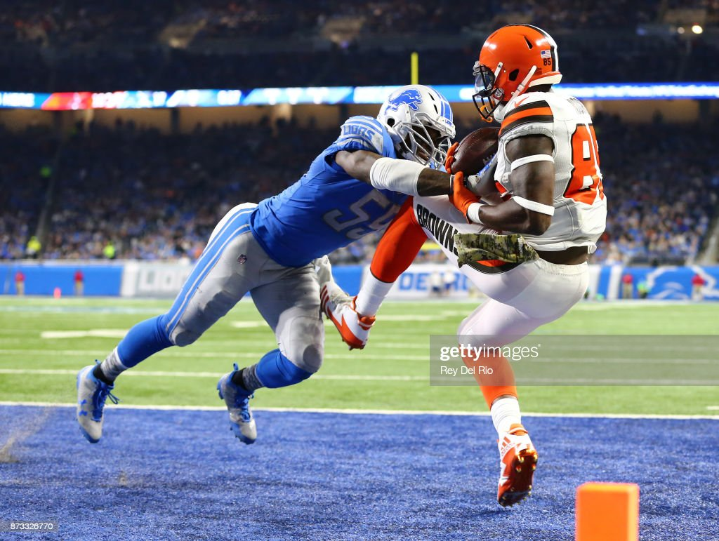 Tahir Whitehead #59 of the Detroit Lions breaks up a pass intended for David Njoku #85 of the Cleveland Browns during the first half at Ford Field on November 12, 2017 in Detroit, Michigan.