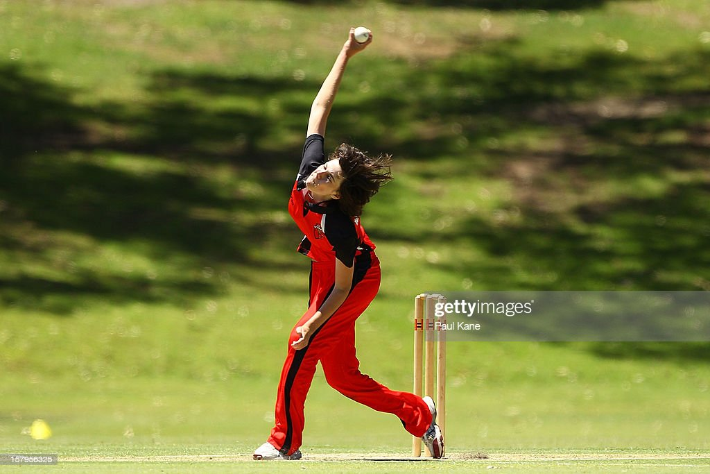 Tahlia McGrath of the Scorpions bowls during the WNCL match between the Western Australia Fury and the South Australia Scorpions at Christ Church Grammar Playing Fields on December 8, 2012 in Perth, Australia.