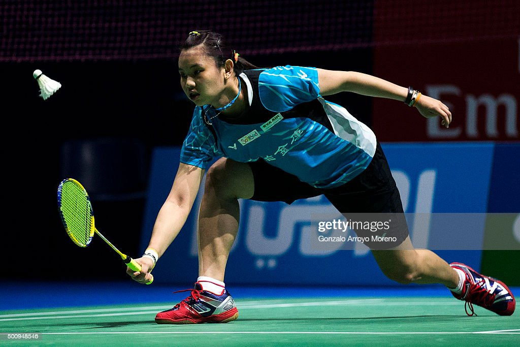 <a gi-track='captionPersonalityLinkClicked' href=/galleries/search?phrase=Tai+Tzu+Ying&family=editorial&specificpeople=7058950 ng-click='$event.stopPropagation()'>Tai Tzu Ying</a> of Chinese Taipei in action in the Women,s Singles match agianst Saina Nehwal of India during day three of the BWF Dubai World Superseries 2015 Finals at the Hamdan Sports Complex on on December 11, 2015 in Dubai, United Arab Emirates.