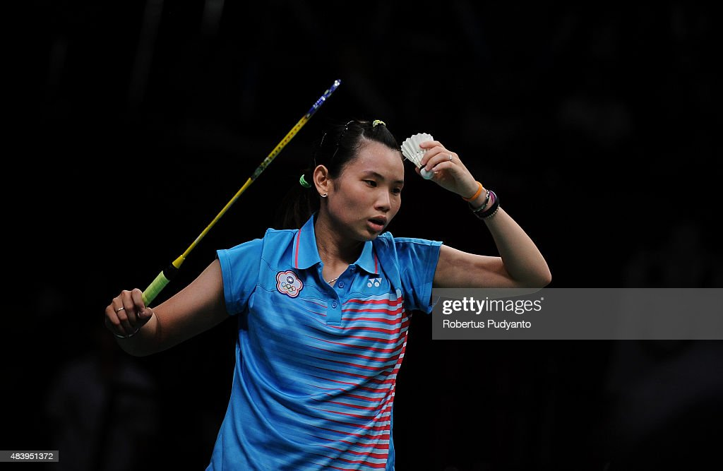 <a gi-track='captionPersonalityLinkClicked' href=/galleries/search?phrase=Tai+Tzu+Ying&family=editorial&specificpeople=7058950 ng-click='$event.stopPropagation()'>Tai Tzu Ying</a> of Taipei competes against Lindaweni Fanetri of Indonesia in the quarter finals match of the 2015 Total BWF World Championship at Istora Senayan on August 14, 2015 in Jakarta, Indonesia.