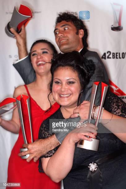 Taika Waititi Keisha CastleHughes and Stephanie Tauevihi pose with their awards at the 2010 Qantas Film Television Awards at the Civic Theatre on...