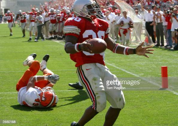 Tailback Lydell Ross of the Ohio State University Buckeyes rushes for a touchdown against the Bowling Green State University Falcons during the game...