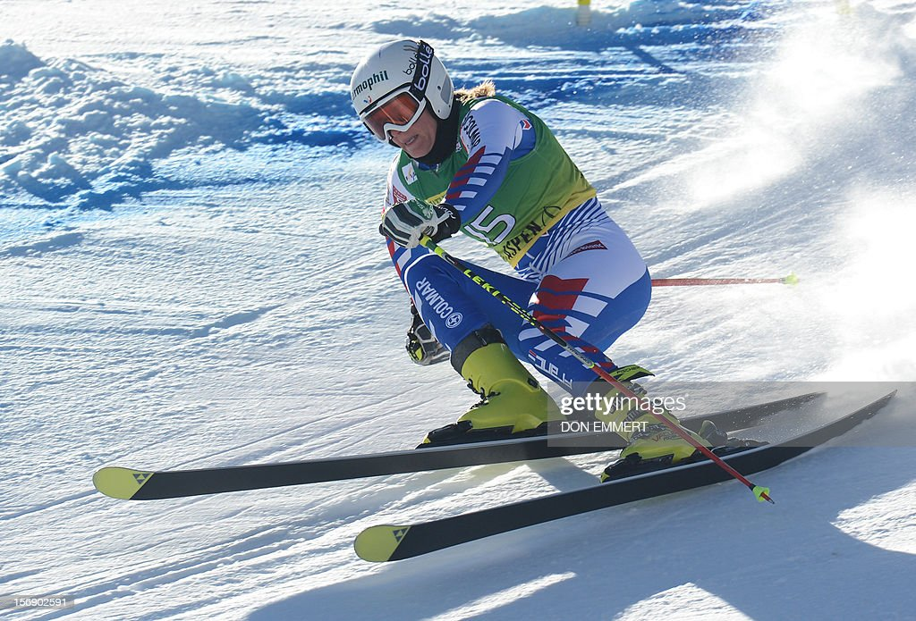 Taina Barioz of France clears a gate during the first run of the women's World Cup giant slalom in Aspen on November 24, 2012. AFP PHOTO/Don EMMERT