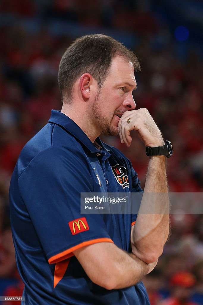 Taipans coach Aaron Fearne looks on during the round 23 NBL match between the Perth Wildcats and the Cairns Taipans at Perth Arena on March 17, 2013 in Perth, Australia.