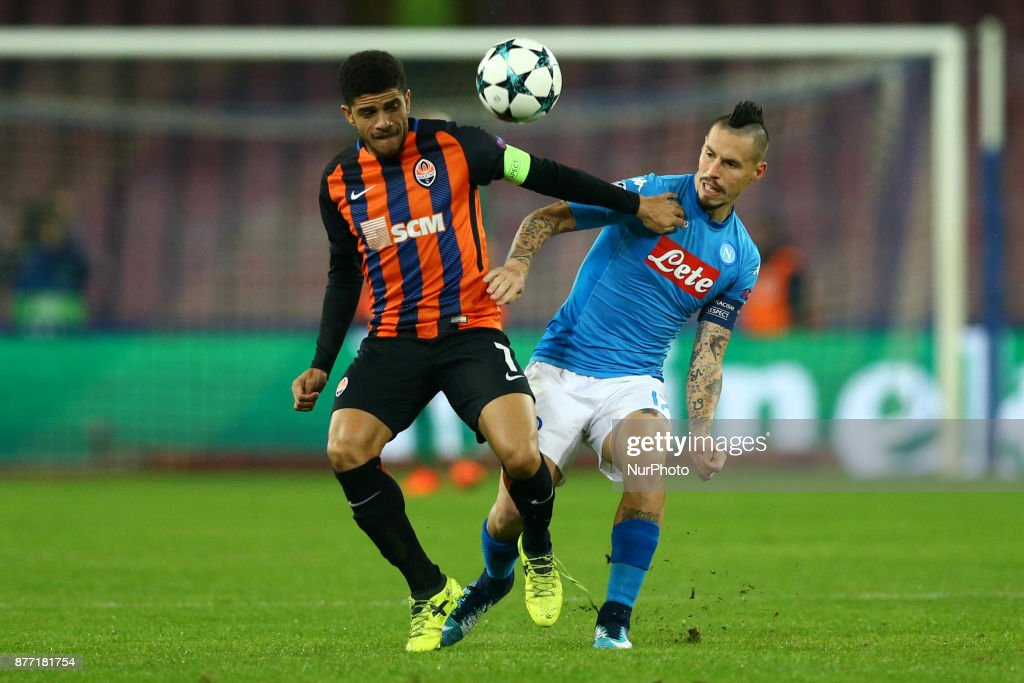 http://media.gettyimages.com/photos/taison-of-shakhtar-donetsk-vies-marek-hamsik-of-napoli-during-the-picture-id877181754?k=6&m=877181754&s=594x594&w=0&h=w07k15LXCjlErT9iCFP7ginHKILiS-GgaM5fZBBLsj0=