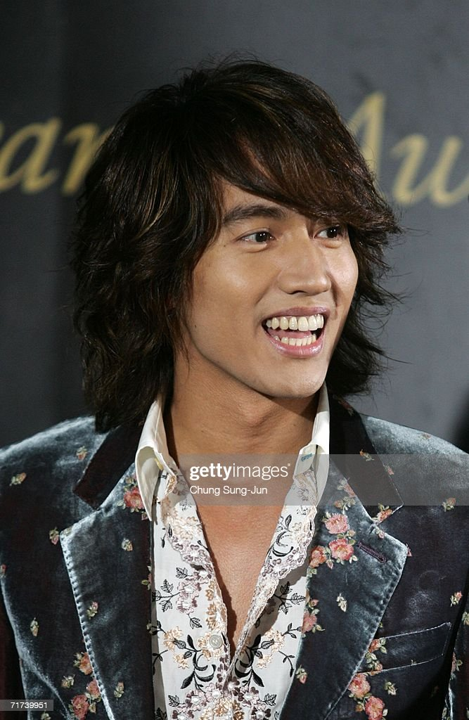 Taiwan actor Choo Yu-Min of F4 arrives for the 1st Seoul Drama Awards 2006 at the Korea Broadcasters Association on August 29, 2006 in Seoul, South Korea. 105 dramas include mini series, single drama and drama series from 29 countries participate in a awards.
