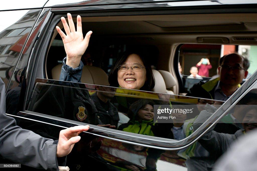 DPP Candidate Tsai Ing-Wen Kicks Off Nationwide Campaign