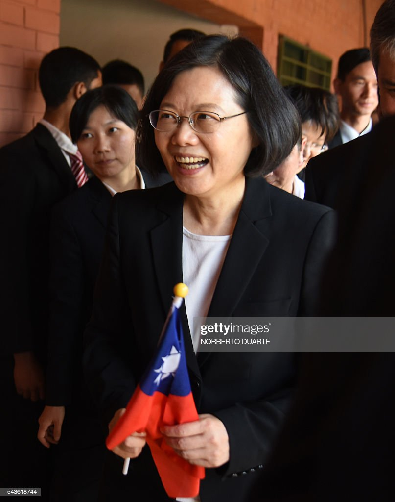 Taiwan's President Tsai Ing-wen visits the General Andres Rodriguez school to which the country donated computers, in Asuncion on June 29, 2016. Taiwan's new president is visiting Paraguay as part of her first overseas trip since taking office in May. / AFP / NORBERTO