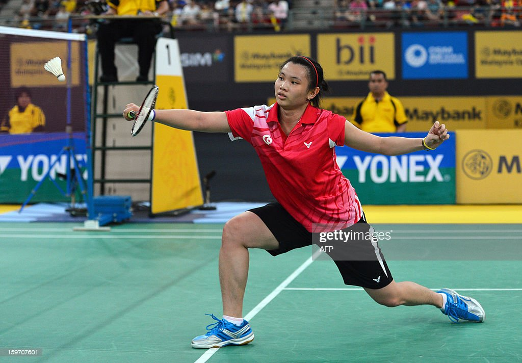 Taiwan's Tai Tzu Ying returns a shot against India's Saina Nehwal during their woman's singles semi-final match at the Malaysia Open Badminton Superseries in Kuala Lumpur on January 19, 2013.