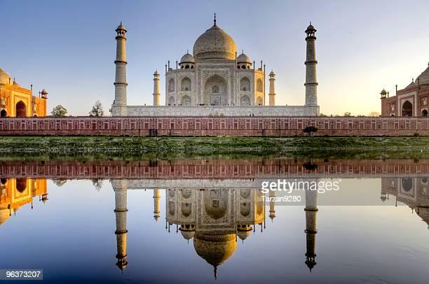 Taj Mahal and its reflection in Yamuna river, HDR