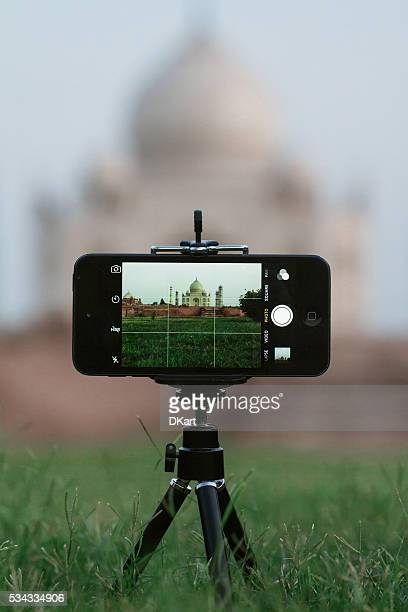 Taj mahal on smartphone