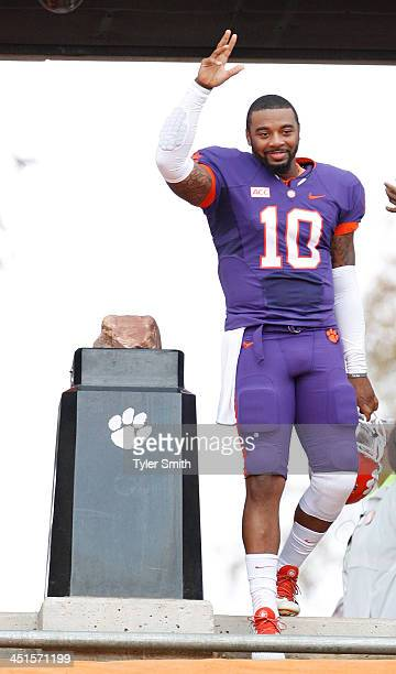 Tajh Boyd of the Clemson Tigers runs down the hill for the last time prior to the game against the Citadel Bulldogs at Memorial Stadium on November...